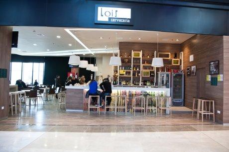 oss diseño-cerveceria lois- centro comercial as cancelas-santiago de compostela-diseño e interiorismo-proyecto de decoracion-oscar santome- foto general