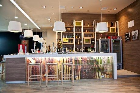 oss diseño-cerveceria lois- centro comercial as cancelas-santiago de compostela-diseño e interiorismo-proyecto de decoracion-oscar santome- foto interior01