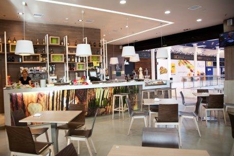 oss diseño-cerveceria lois- centro comercial as cancelas-santiago de compostela-diseño e interiorismo-proyecto de decoracion-oscar santome- foto interior02