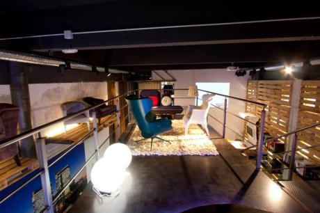 diseño e interiorismo-oscar santome entreplanta metalica mobiliario diseño-diseño showroom coruña