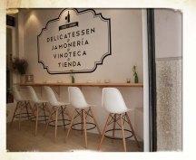 terraza-diseño-proyecto decoracion-hosteleria-interiorista especialista contract coruña-oss diseño-oscar santome-jamoneria delicatessen-rosalia de castro-a coruña-el ensanche