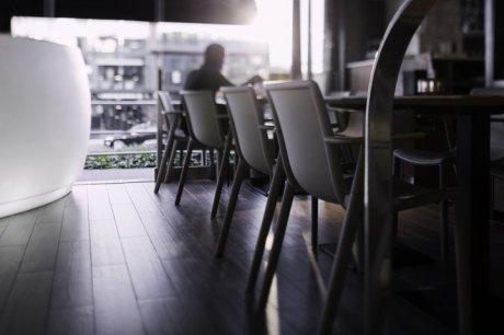 diseño e interiorismo coruña-oss diseño-oscar santome- gasthof la grela- terraza restaurante- proyecto decoracion-contract 02-ambiente