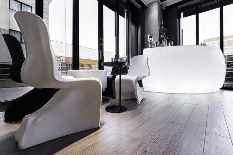 diseño e interiorismo coruña-oss diseño-oscar santome- gasthof la grela- terraza restaurante- proyecto decoracion-contract 04-barra cocotel iluminada