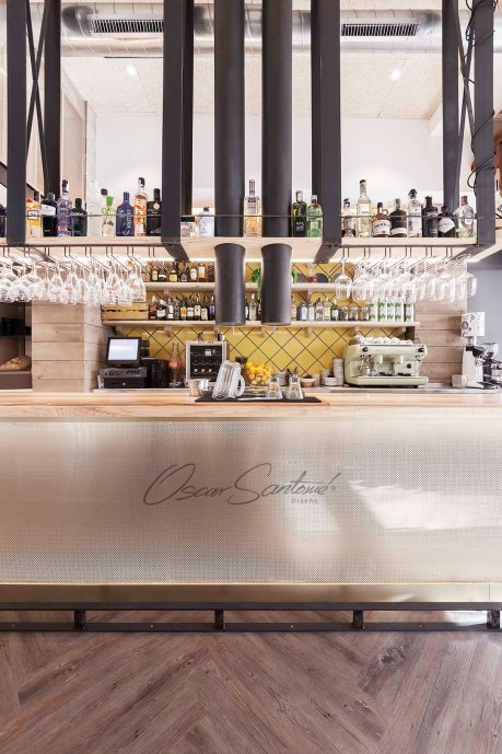 restaurante Roots_oscarsantome_diseño_contract_interiorista_coruña_diseñador_barra copia
